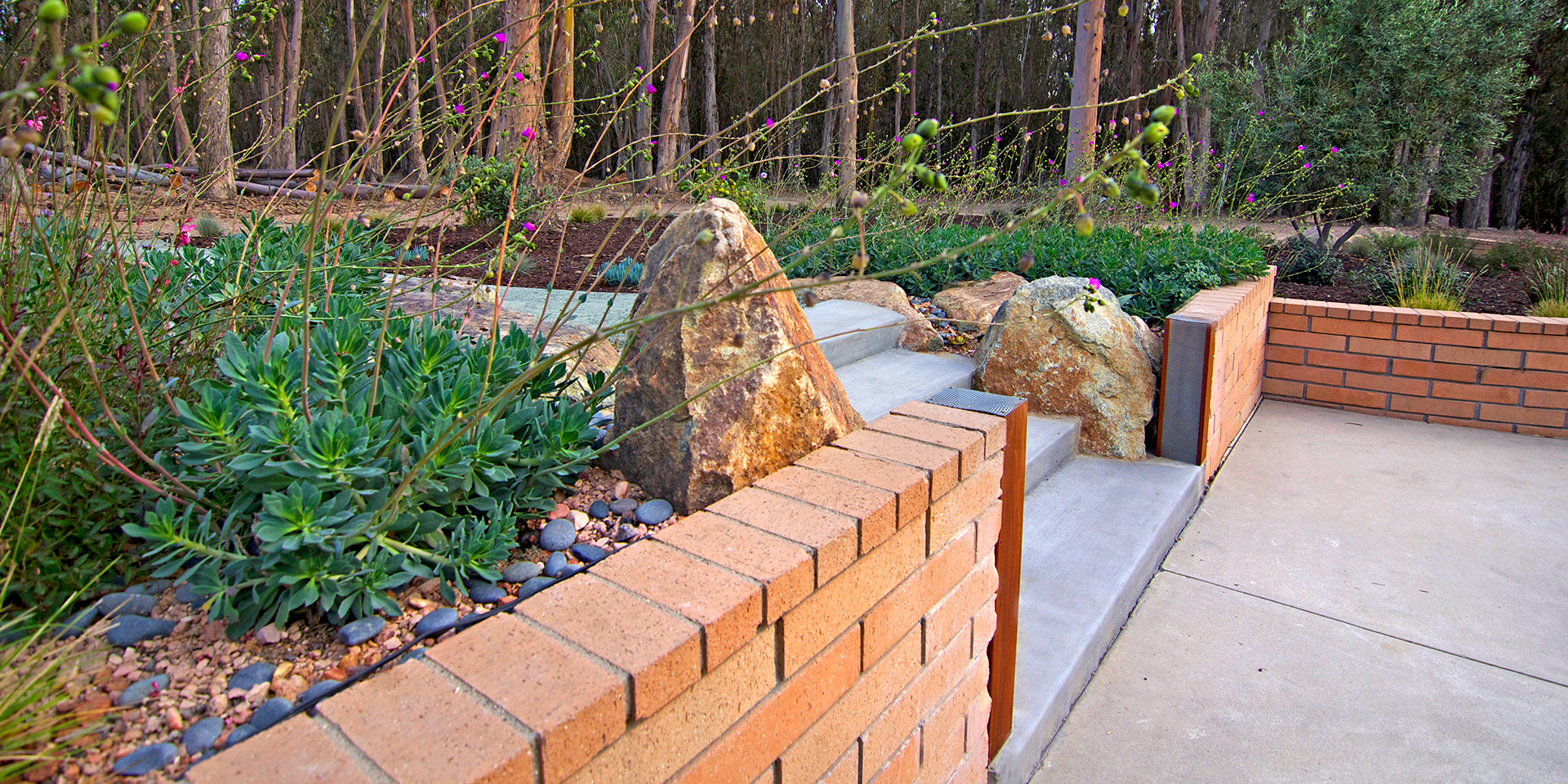 All Seasons Landscaping Hardscapes Retaining Walls